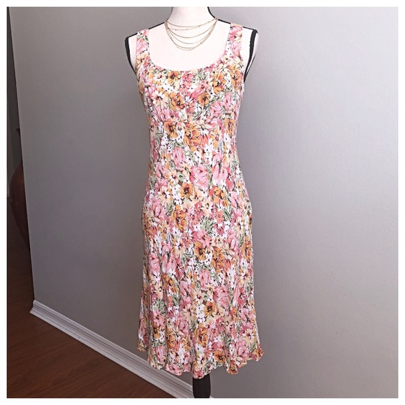 LOFT Dresses & Skirts - LOFT By Ann Taylor Easter Floral Dress